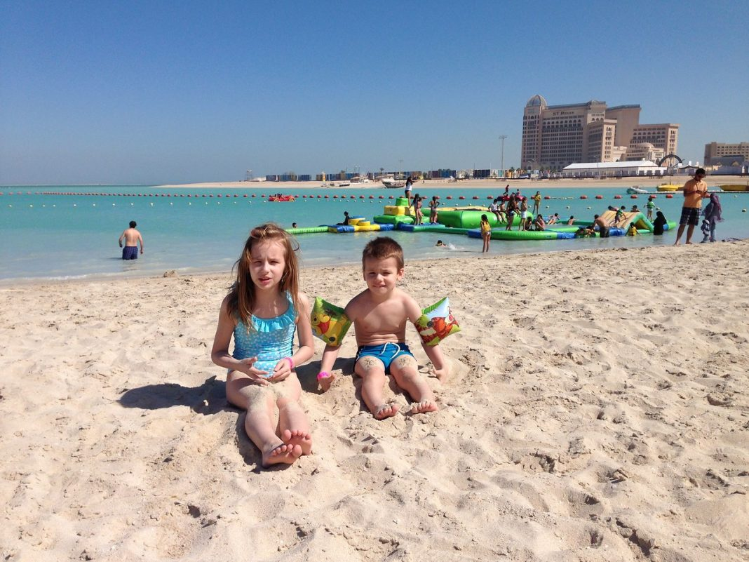 děti, Katar