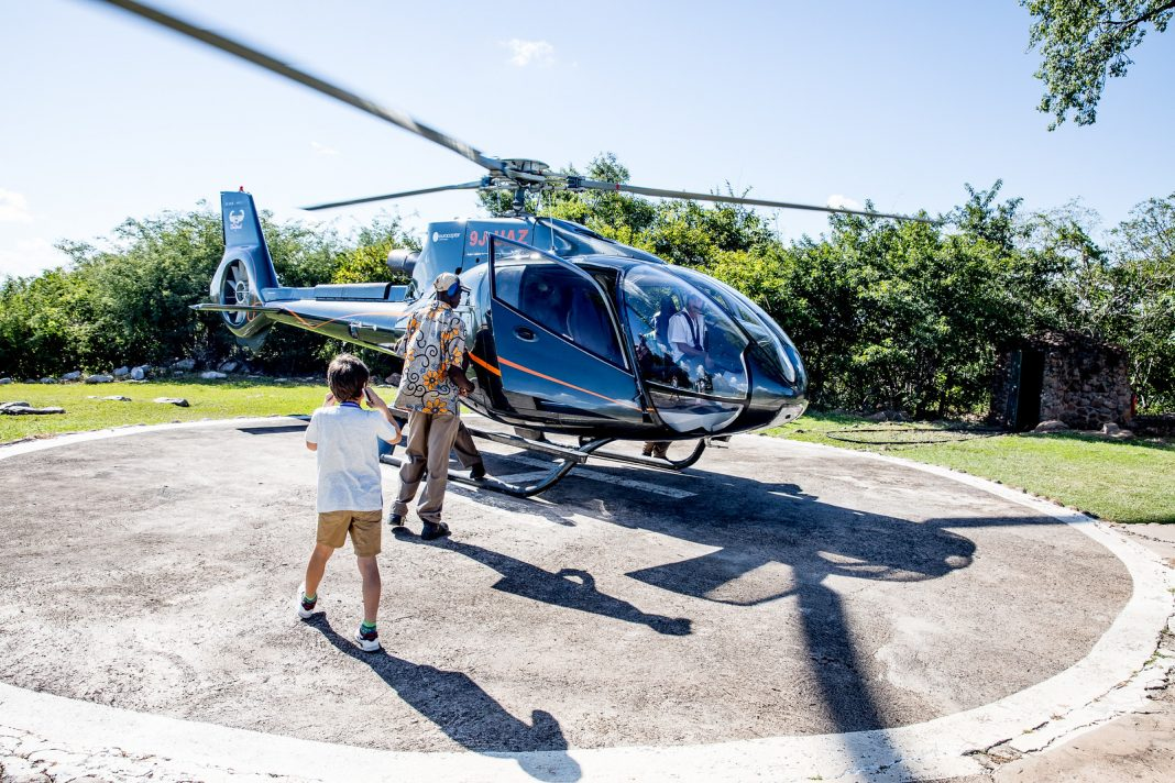 Zambie, vrtulník
